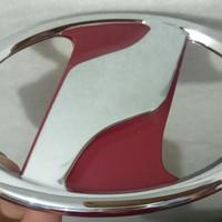 Emblem Grill Mobil Model Alphard Vitz Merah ukuran 12cm dan 13cm