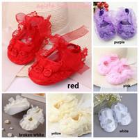 Sepatu prewalker newborn bayi anak perempuan renda anti slip