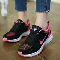 Sneakers Nike W821 / Sepatu Murah / Sepatu Wanita