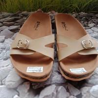 Sandal wanita flat slop azkia sdl70 cream