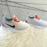 Sepatu Nike Comfort Slip On Kids / Anak Baby Bayi Laki-laki  Perempuan