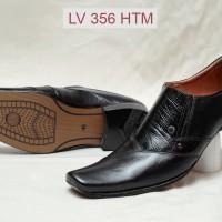 sepatu pantofel formal