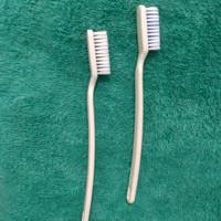 sikat gigi hotel bulu halus tanpa pasta gigi