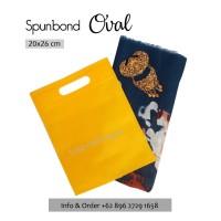 Tas Spunbond 20x26cm Oval Kuning Polos Goodiebag