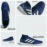sepatu futsal predator adidas original pre order (biru,putih)