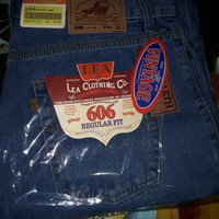 Celana Jeans Standart ice Blue Lea
