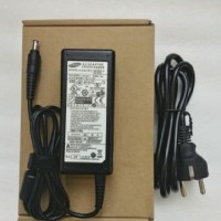 Adaptor charger laptop samsung 300E 300V 305E 305V 19v 3.16 ORIGINAL
