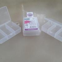 KOTAK BOX PLASTIK SEKAT 3 UTK OBAT, PENITI, JARUM, MOTEK, AKSESORIS