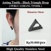 Anting Tindik Cowok Pria - Black Triangle Hoop
