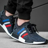 Sepatu Adidas NMD R1 PK Tricolor Size 40-44 Sepatu pria terbaru sports