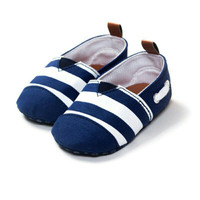 sepatu prewalker bayi, model crip motif garis biru pusepatu pr import