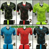 Baju Olahraga Jersey Bola Kaos Setelan Futsal nike