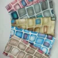 Neww!!! Jilbab Segi Empat Maxmara Motif Abstrak Kotak Seri 9