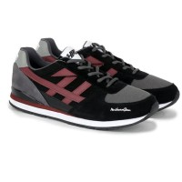 Sepatu Sneakers Sporty Coklat Pria Best seller