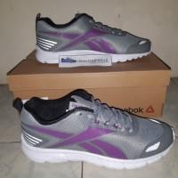Sepatu Running Reebok Triplehall 6.5 SEA CN1934