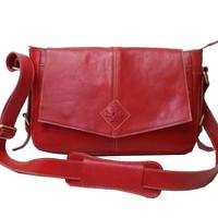 Tas selempang wanita kulit sapi asli merah polos sling bag keren murah