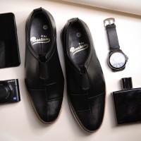 Sepatu pantofel slip on sepatu pria kulit asli Model Chezni - 38
