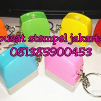 Stempel Gantungan Kunci (Warna Warni)