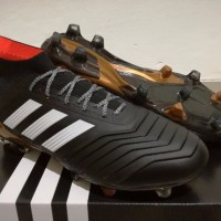 TERMURAH Sepatu Bola Soccer Adidas Predator 18 1 Core Black FG BEST