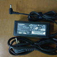 Adaptor Charger Laptop Toshiba Satelite C800 C800D C840 C840D C850 OEM
