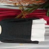 Preloved blouse wanita abu abu mix putih