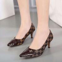 Super Murah! High heels LV SP050  Terbatas!
