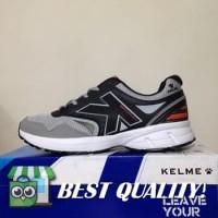 VinzoSport Sepatu Running/Lari Kelme Seattle Black Grey 1314039 Origi