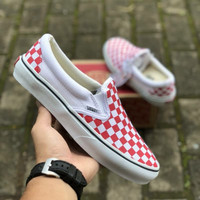 VANS SLIP ON CHECKERBOARD RED WHITE PREMIUM ICC BNIB TAG CHINA