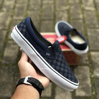 VANS SLIP ON CHECKERBOARD NAVY BLACK PREMIUM ICC BNIB TAG CHINA