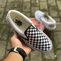 VANS SLIP ON CHECKERBOARD BLACK WHITE PREMIUM ICC TAG CHINA