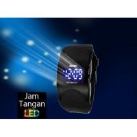 Jam Tangan Sport Jam Tangan Fashion Pria/ Wanita SKMEI Dark Razor