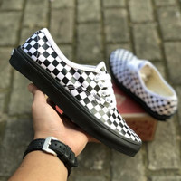VANS AUTHENTIC CHECKERBOARD BLACK WHITE SOLE BLACK PREMIUM ICC BNIB