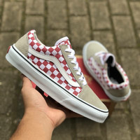 VANS OLDSKOOL CHECKERBOARD FROST GREY RED PREMIUM DT BNIB TAG CHINA