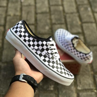 VANS AUTHENTIC CHECKERBOARD BLACK WHITE PREMIUM ICC BNIB TAG CHINA