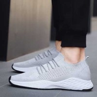 Sepatu Adidas Flyknit Racer Sneakers pria terbaru sports running