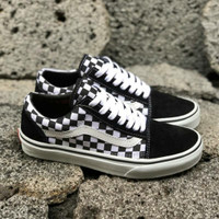 VANS OLDSKOOL CHECKERBOARD BLACK WHITE PREMIUM DT BNIB TAG CHINA