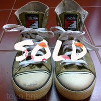 Sepatu Kets Zeintin (Green) / Preloved