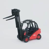 Bruder Toys 2511 Linde fork lift H30D with 2 pallets - Mainan Anak