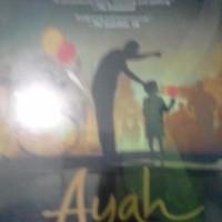 """Buku Ayah"""" karangan Andrea Hirata"""