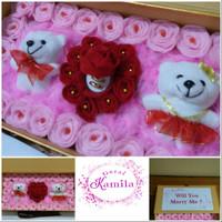 bloombox kotak tempat cincin boneka kado pernikahan ultah valentin