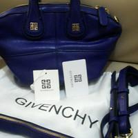 Tas Givenchy warna biru