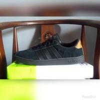 Sepatu Pria ADIDAS NEO BASELINE FULL BLACK Original Guarantee