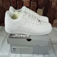 SEPATU NIKE AIR FORCE 1 LOW TRIPLE WHITE UNAUTHORIZED AUTHENTIC