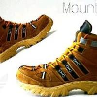 Sepatu safety ujung besi adidas slipon Paling Laris