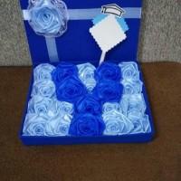 bunga box hadia wisuda sidang valentine ultah kado handmade