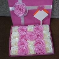 bunga box satin handmade hadiah valentine pacar wisuda sidang ultah