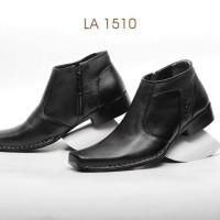 Model Sepatu Pria Formal LA1510