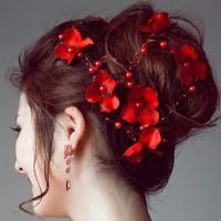 Hair piece hiasan rambut rangkai bunga merah Terlaris
