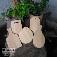 Talenan Kayu Pinus Mini 11x23. Bentuk Unik, Untuk Souvenir Pernikahan