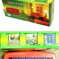 Sikat Karpet Roll Beludru Sofa Jok Mobil Meja Billiard / Magic Brush